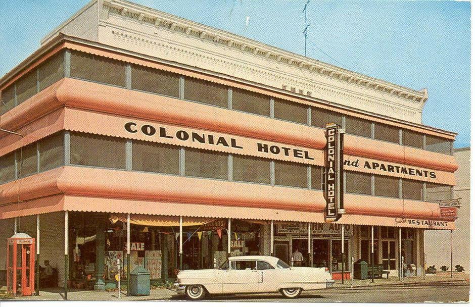 Colonial Hotel Apartments Umatilla Fl Old Florida Umatilla