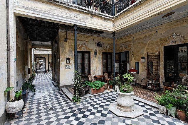 Casa Chorizo // Buenos Aires Casas antiguas
