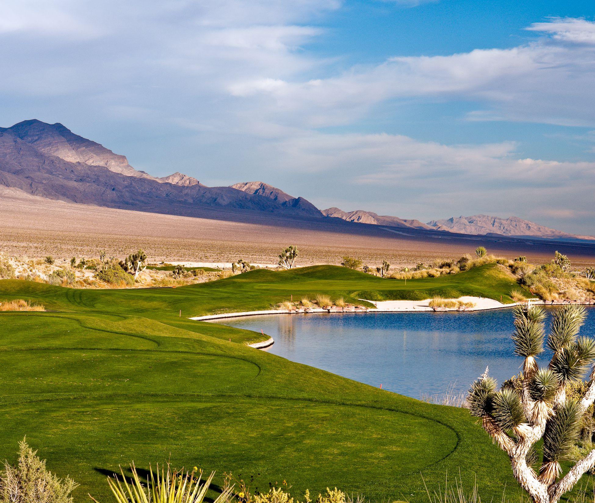 Hole 4 On The Sun Mountain Course At Las Vegas Paiute Golf Resort