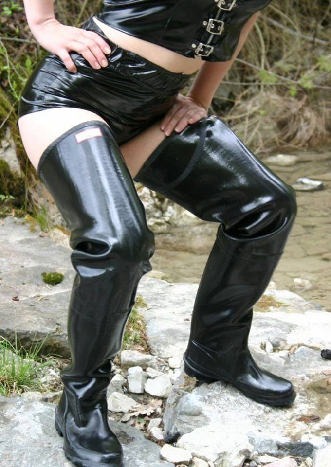 Women fetish black waders