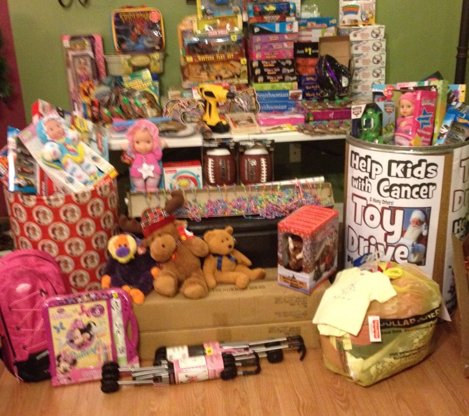 Gift giving with Angel 34 at LVHN Mulhenberg, Dec 20, 2014