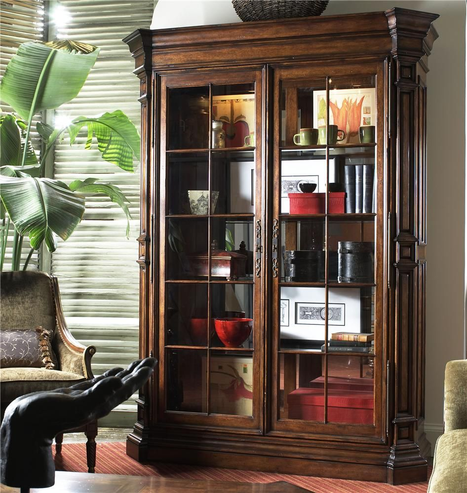 Traditional display cabinet with glass doors wolf furniture traditional display cabinet with glass doors planetlyrics Image collections