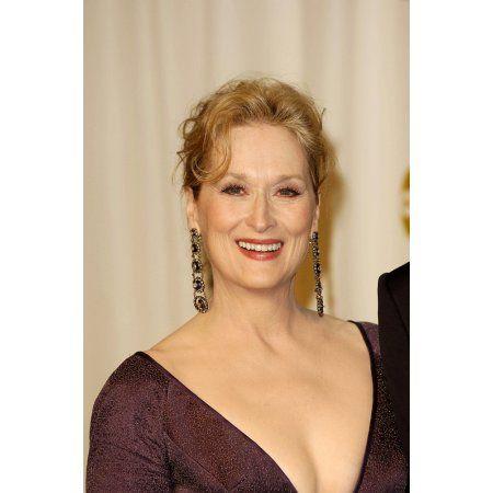 Meryl Streep In The Press Room For Oscars 78Th Annual Academy Awards Canvas Art - (16 x 20)