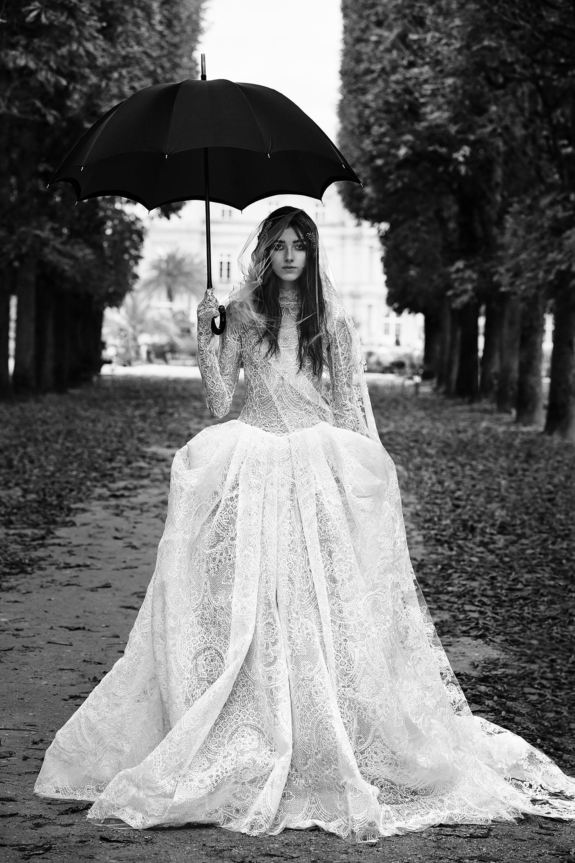 96915dd8075 Vera Wang Bridal Fall 2018 Collection Photos - Vogue