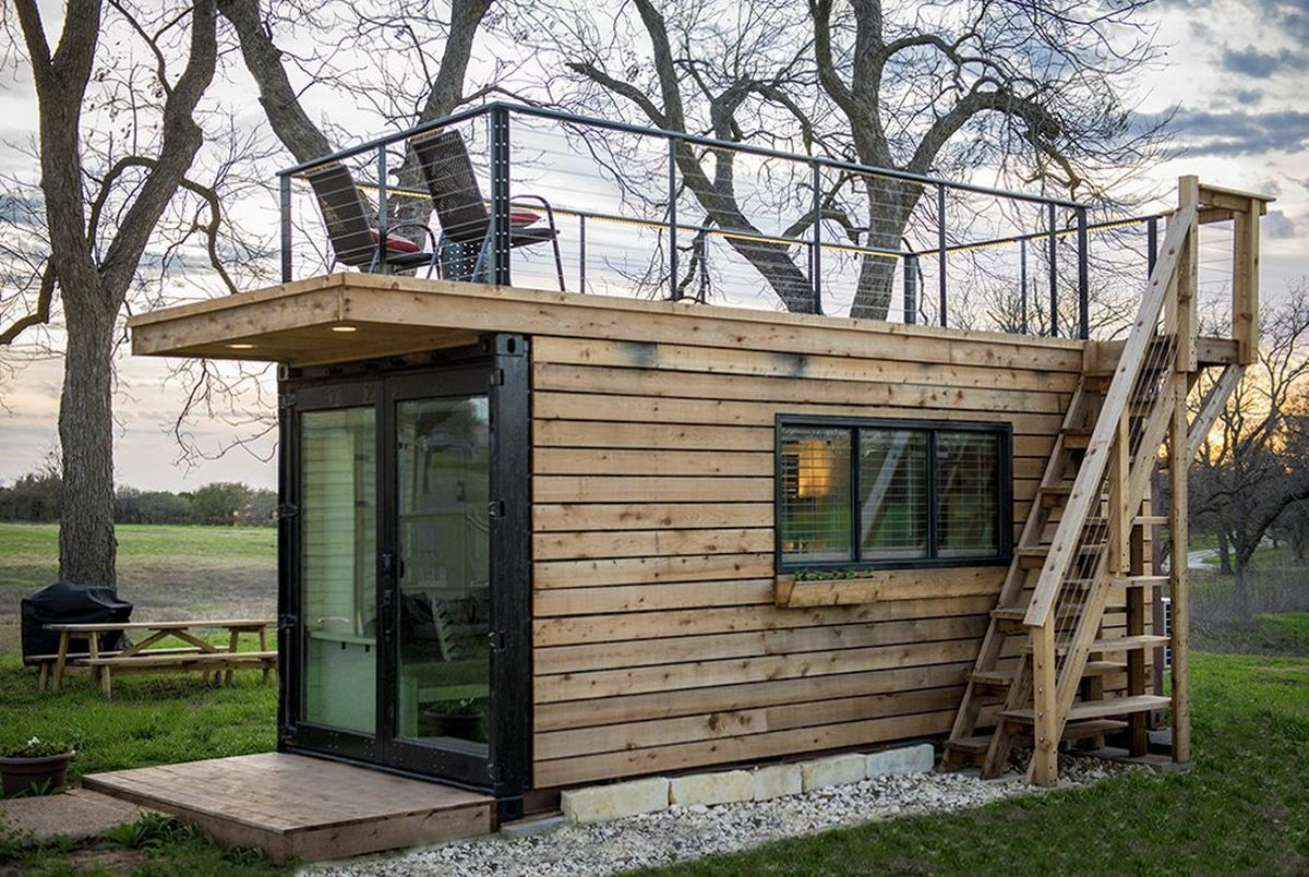 Tiny Shipping Container Home With Rooftop Deck In 2020 Container House Tiny Houses For Rent Tiny House Design