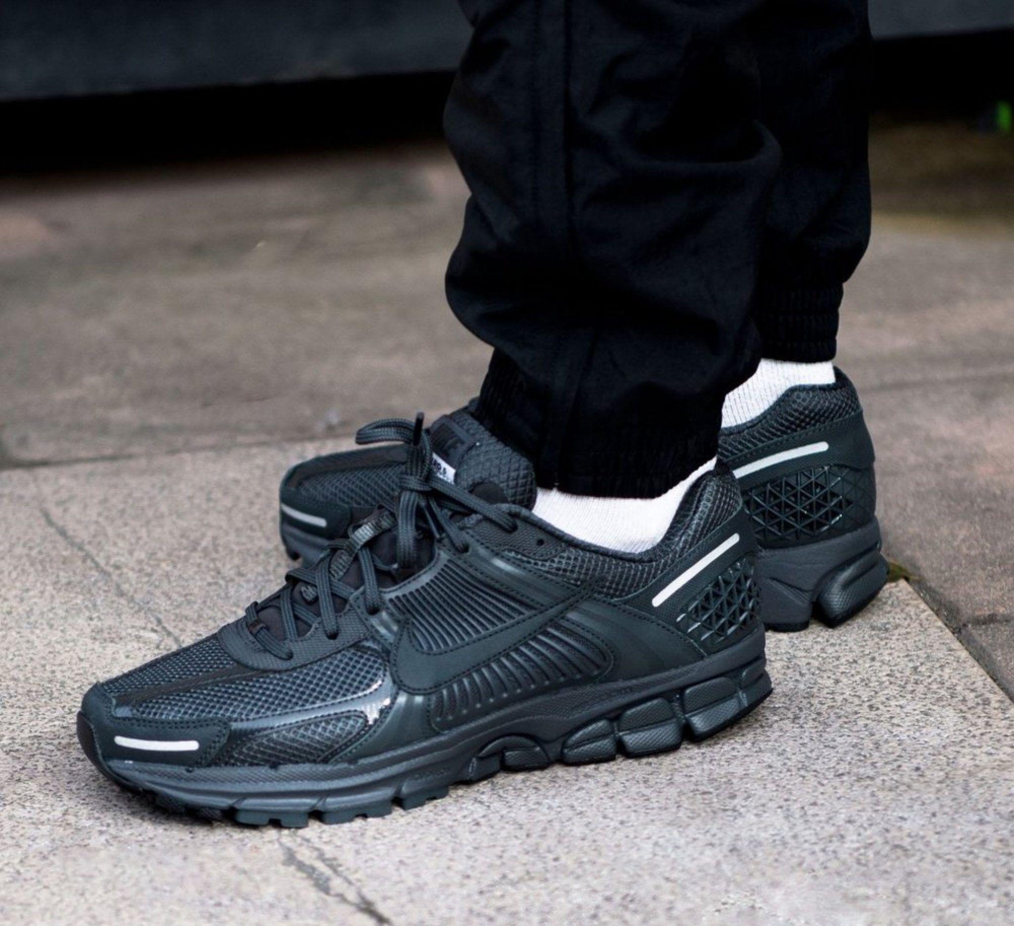 "Nike Zoom Vomero 5 SP ""Anthracite"
