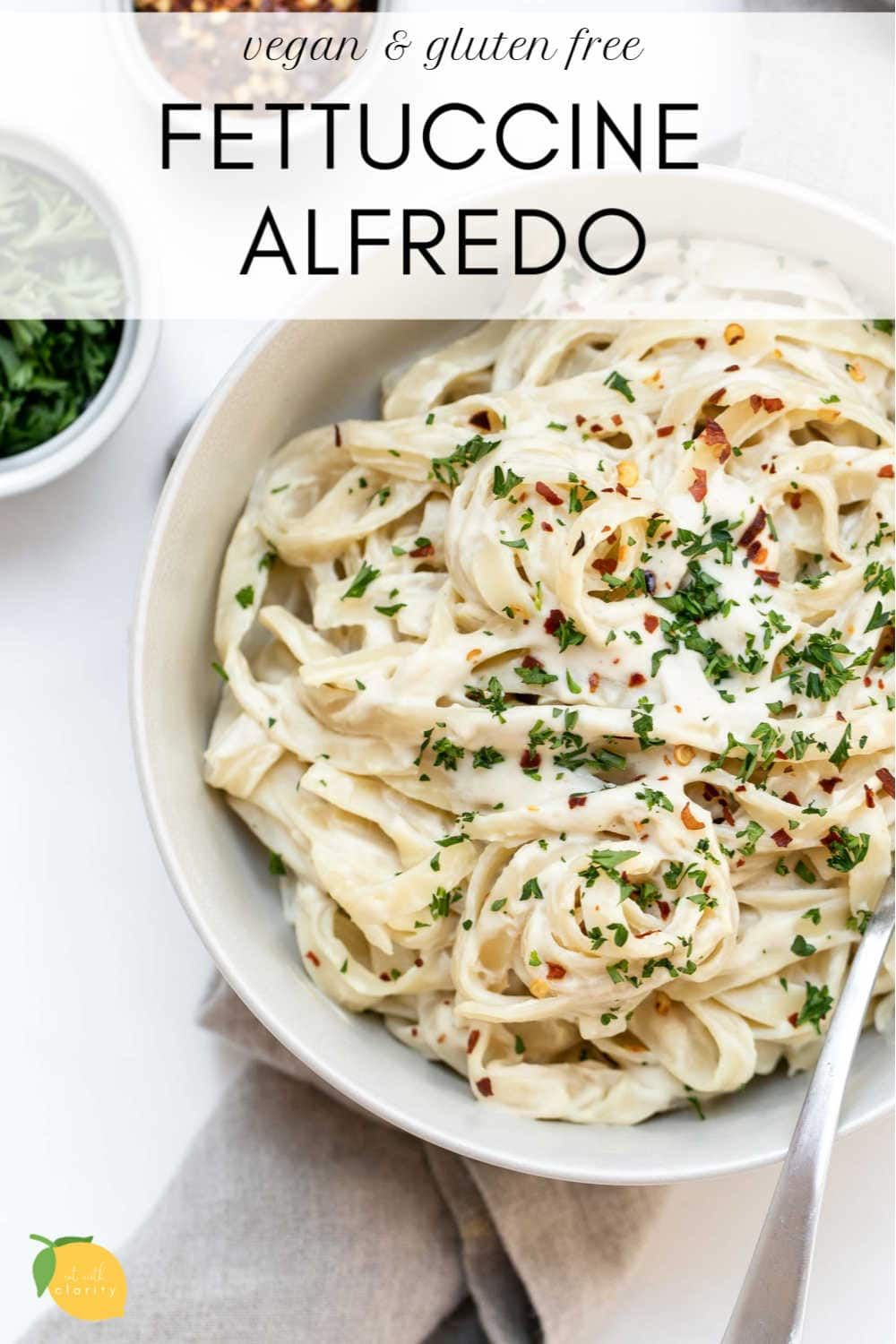 This Vegan Alfredo Sauce And Fettuccine Is The Creamiest Dairy Free Pasta Out There Plus It S Ready In Under 30 Minute In 2020 Fettuccine Sauce Recipes Alfredo Sauce