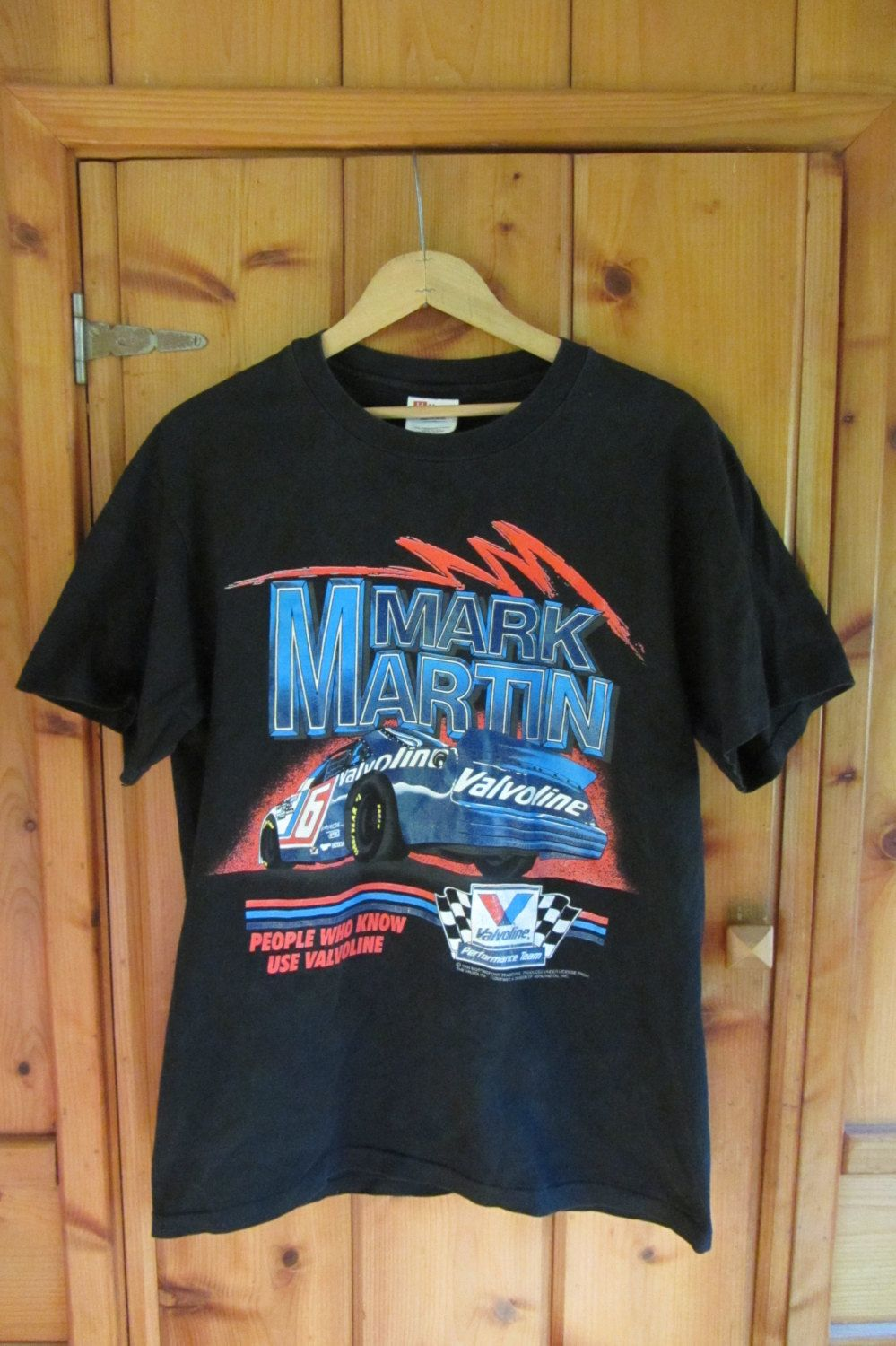 dd9224099 This is a really nice vintage 90s Mark Martin NASCAR t-shirt. This shirt