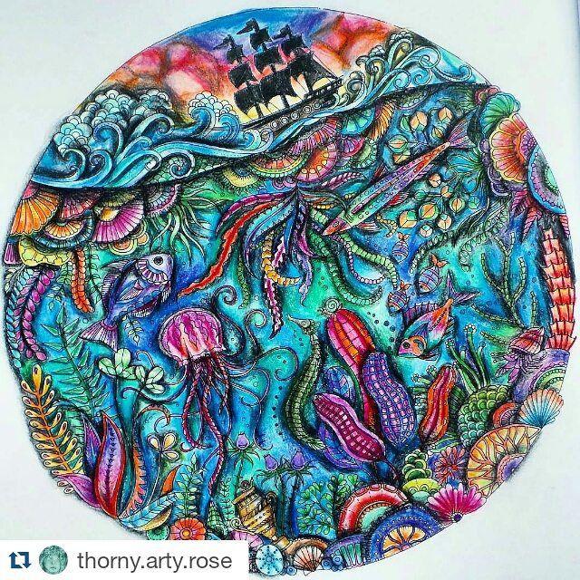 Instagram media desenhoscolorir - Que pintura incrível! By  @thorny.arty.rose ・・#oceanoperdido #johannabasford #lostocean #colouringbook #adultcolouring #adultcoloringbook  #colouringpencils #secretgarden #enchantedforest