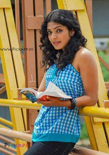 Rima Kallingal Actress Photo Collection