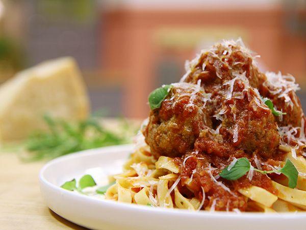 tomatsås till köttbullar