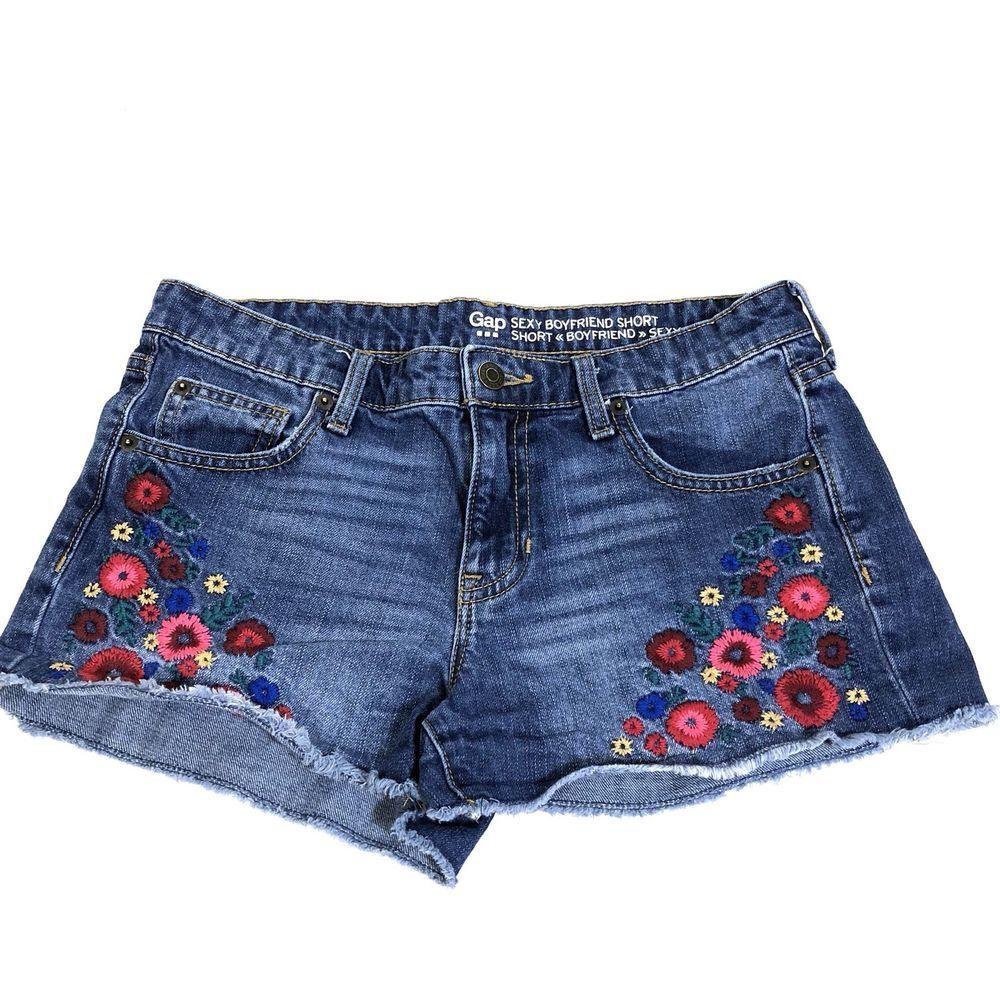 de83bad1958 Gap Women s Denim Shorts Sexy Boyfriend Short Embroidered Flowers Size 4