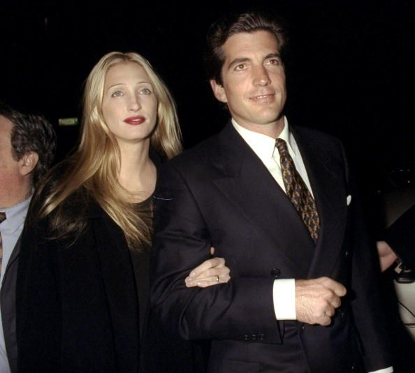John Kennedy And Caroline Bessette Attending Party Celebrating Second Carolyn Bessette Kennedy Carolyn Bessette Kennedy Style John Kennedy