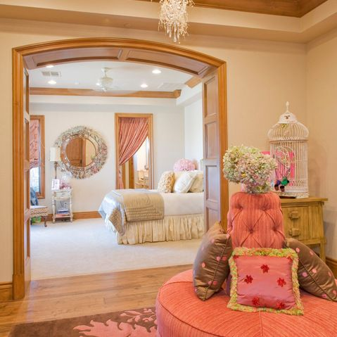 Rich girl rooms