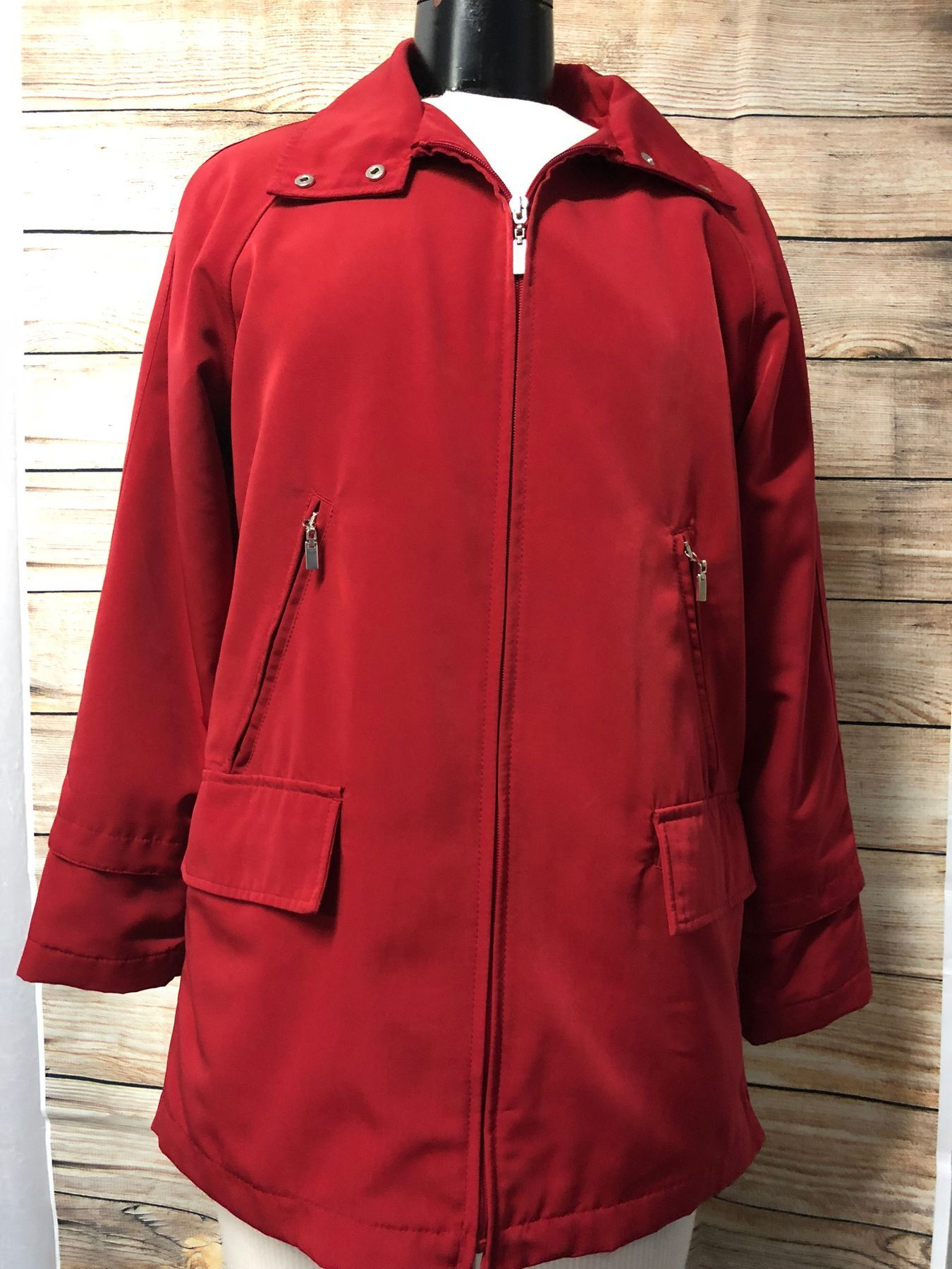 Izzi Outer Wear Women S Red Zipper Front Jacket Size Small Zipper Front Jacket Online Clothing Boutiques Jackets [ 1800 x 1350 Pixel ]