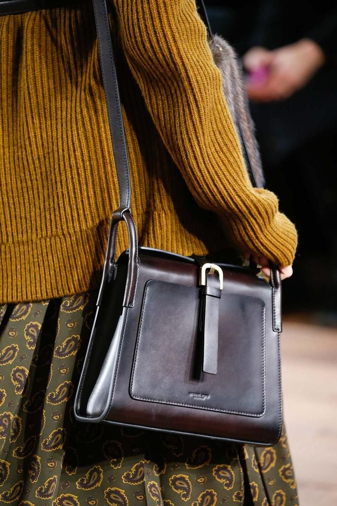 Michael Kors Fall 2015 RTW #handbags