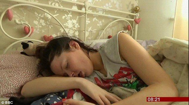"""A CARA DE VITÓRIA: Conheça a """"Bela Dormecida"""" da vida real"""