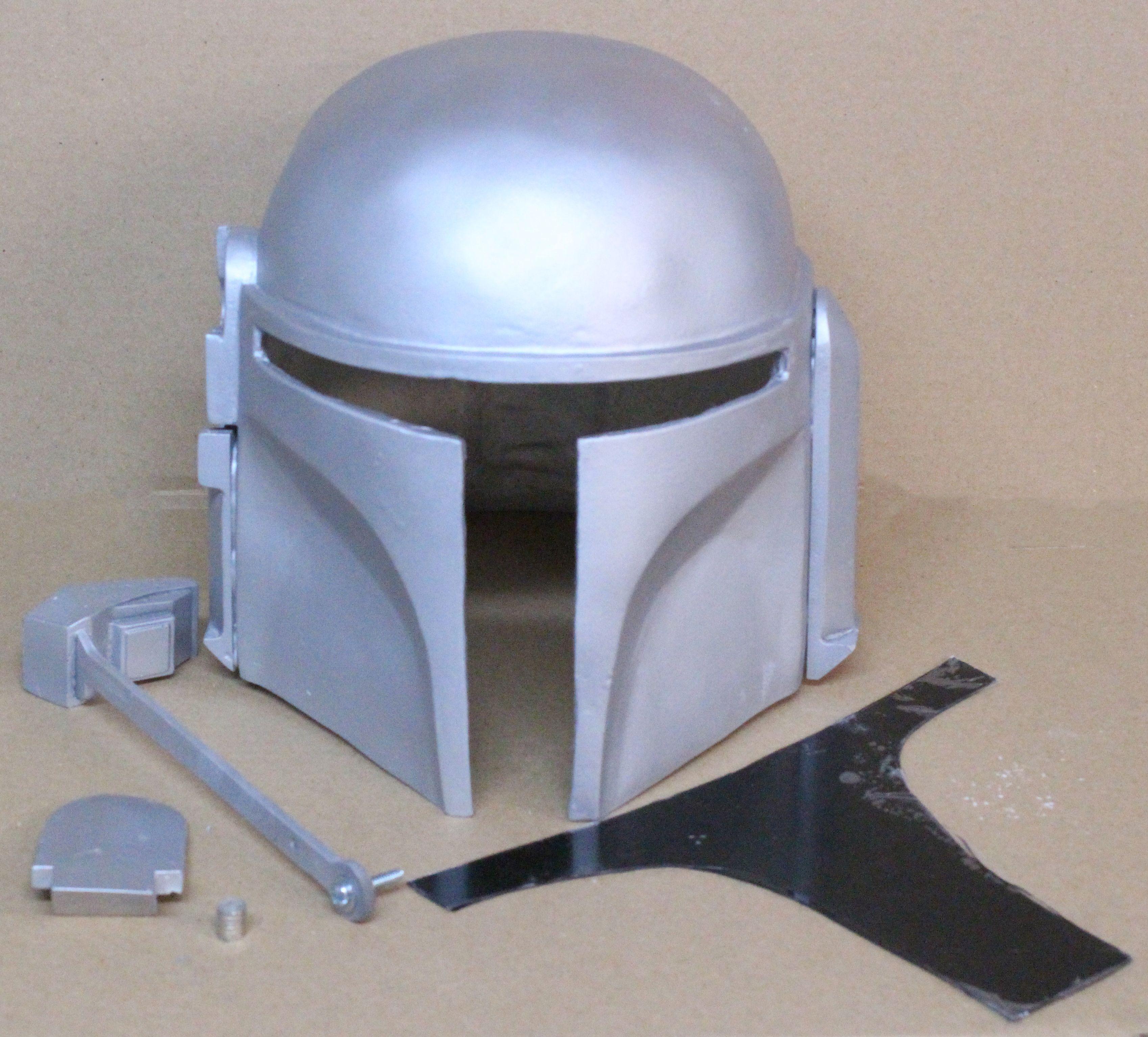 The Mandalorian Arsenal/Classic Mandalorian Helmet   Wishlist ...