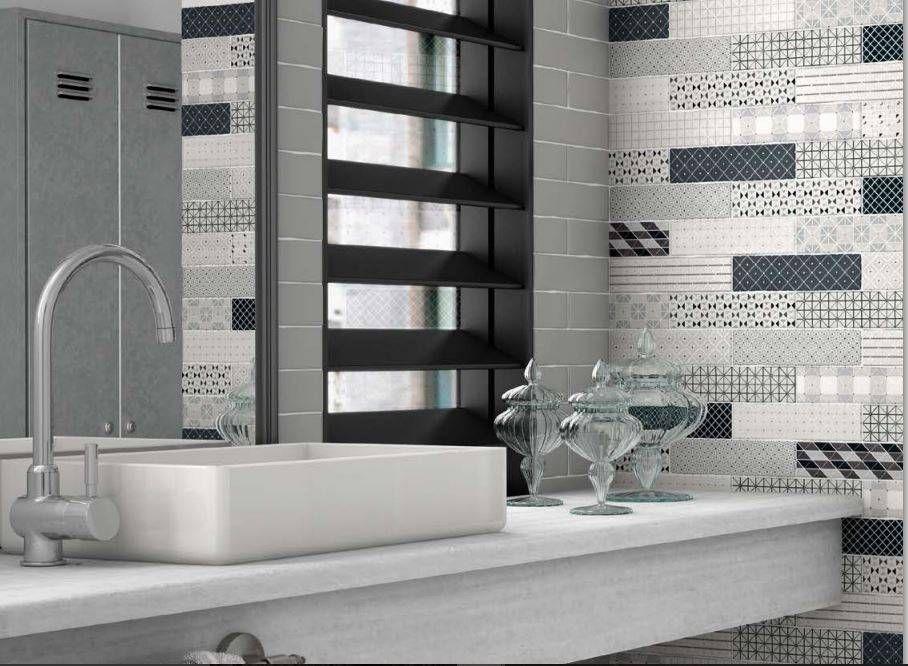 CARRELAGE RECTANGULAIRE SALLE DE BAINS BLEU ET TAUPE ORIGINAL - prix carrelage salle de bain