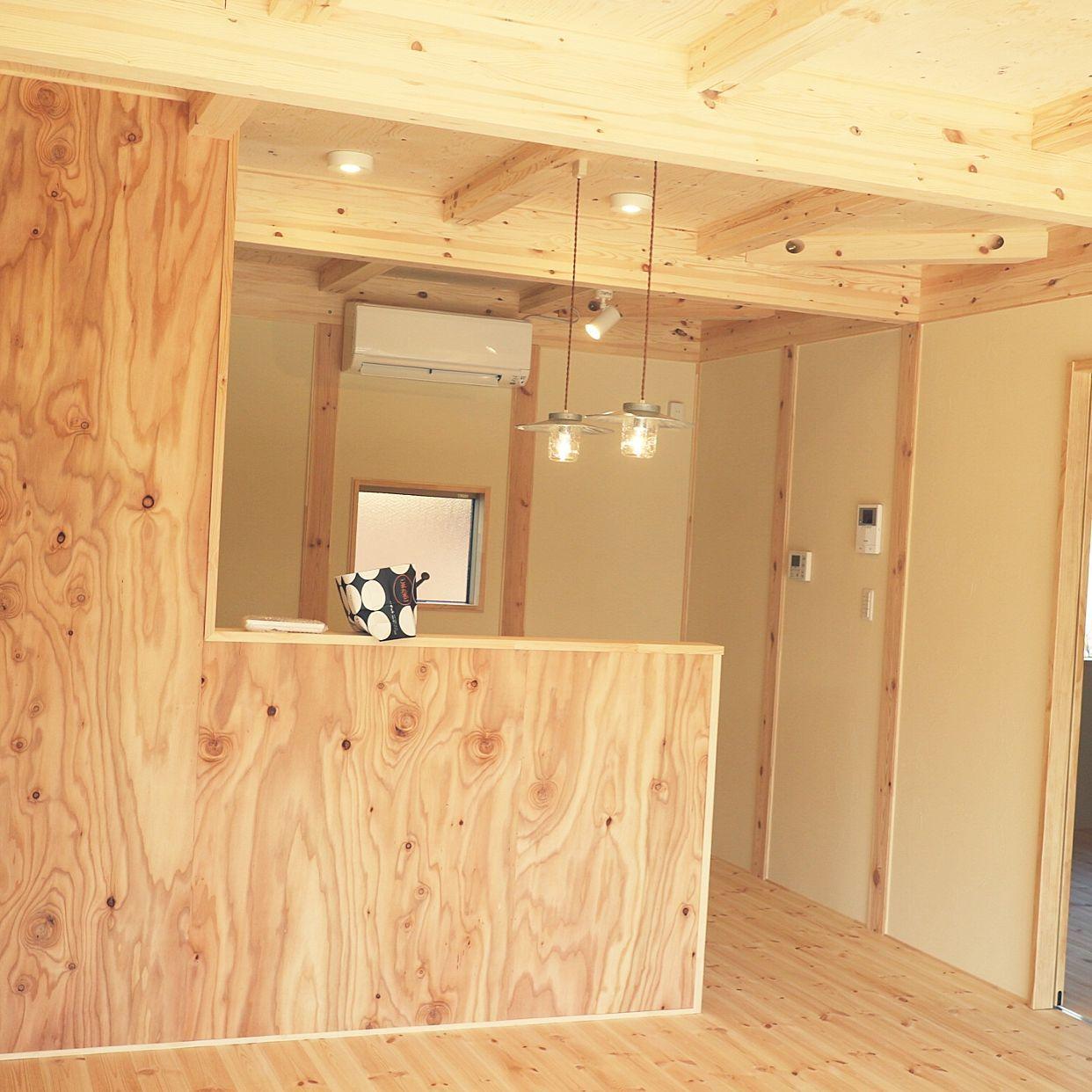 壁 天井 無垢材 針葉樹合板 平屋暮らし 塗り壁のインテリア実例 2017
