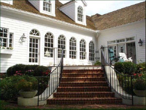 William E Poole Designs The Famous Natchez House Exterior Natchez Design