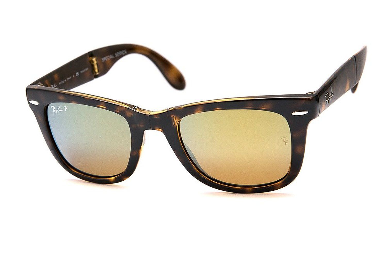 2844c48bb2a Amazon.com  Ray-Ban RB4105 Folding Wayfarer Polarized 710 4S 50MM  Clothing