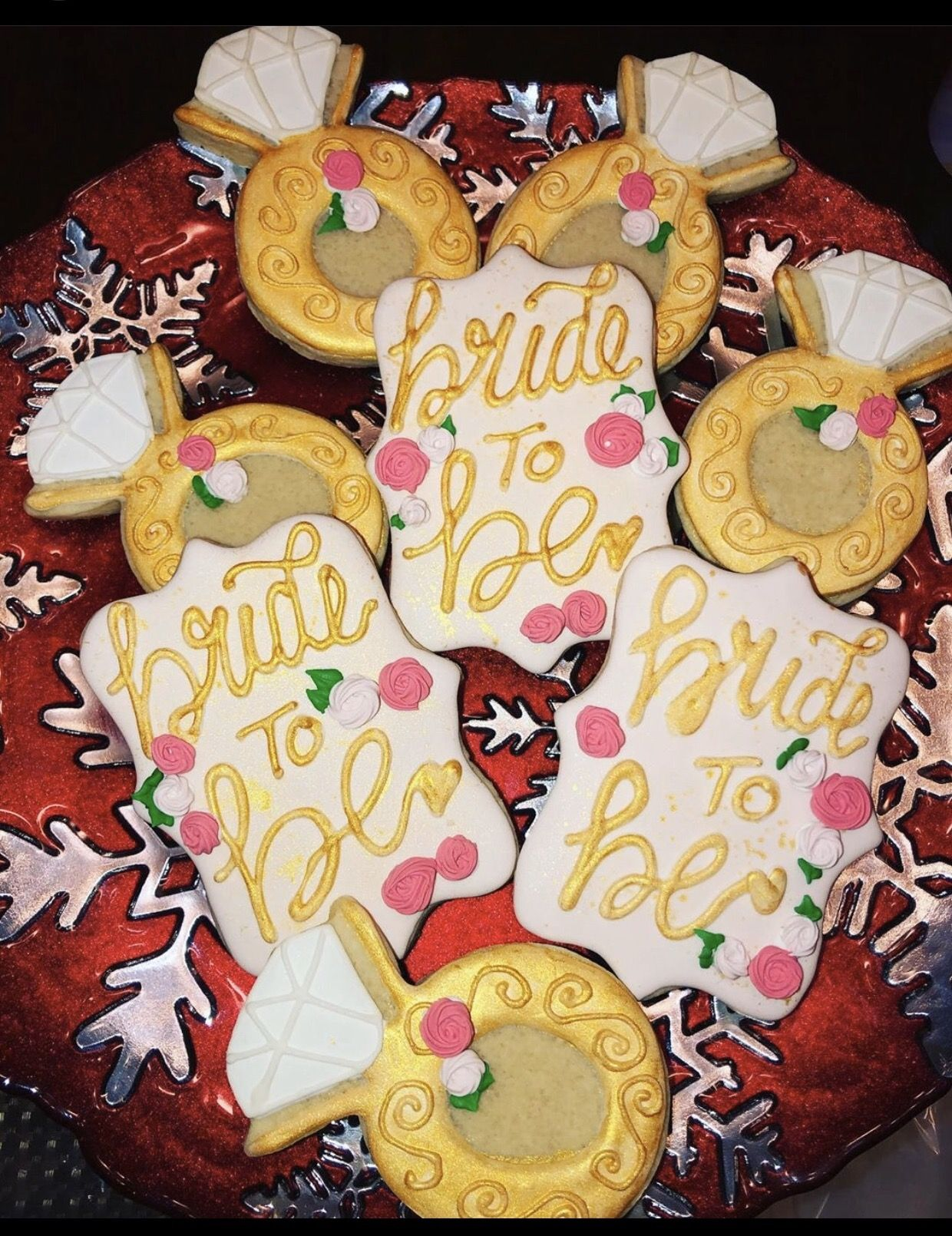 Bride To Be 💍 in 2020 Engagement cookies, Royal icing