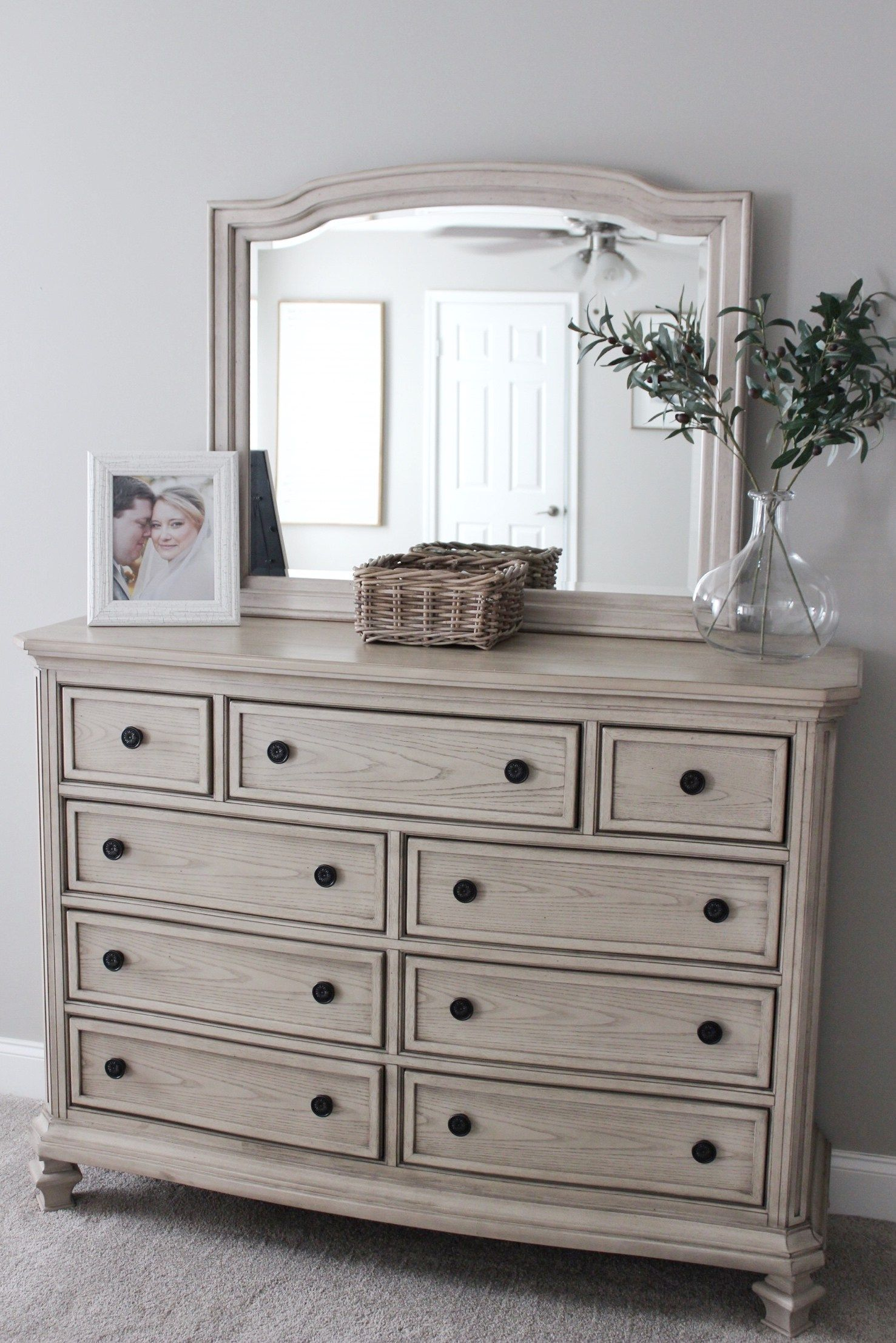 Demarlos Bedroom Set By Ashley Furniture With Images Ashley