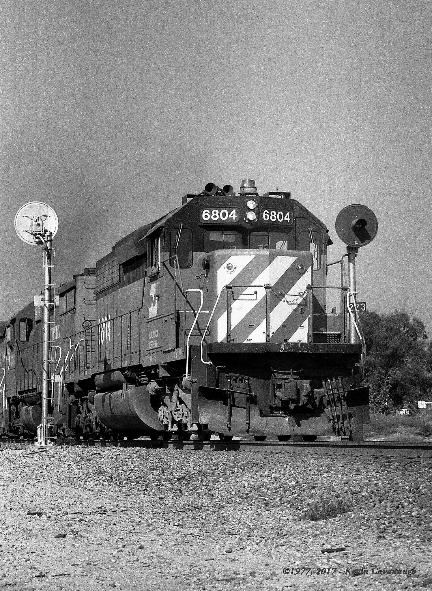 Spadra Searchlights in 2019 | Railroads - BN - Burlington