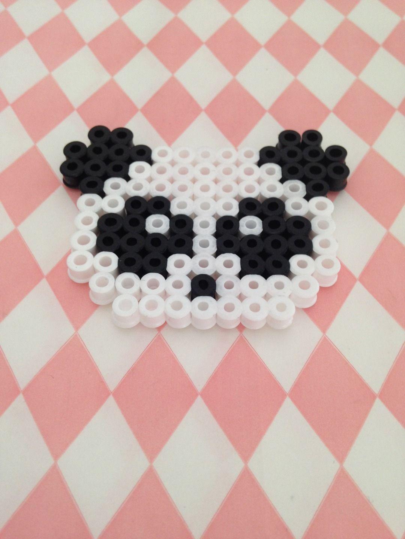 magnet t te de panda en perles repasser accessoires de maison par margo s shop perles. Black Bedroom Furniture Sets. Home Design Ideas
