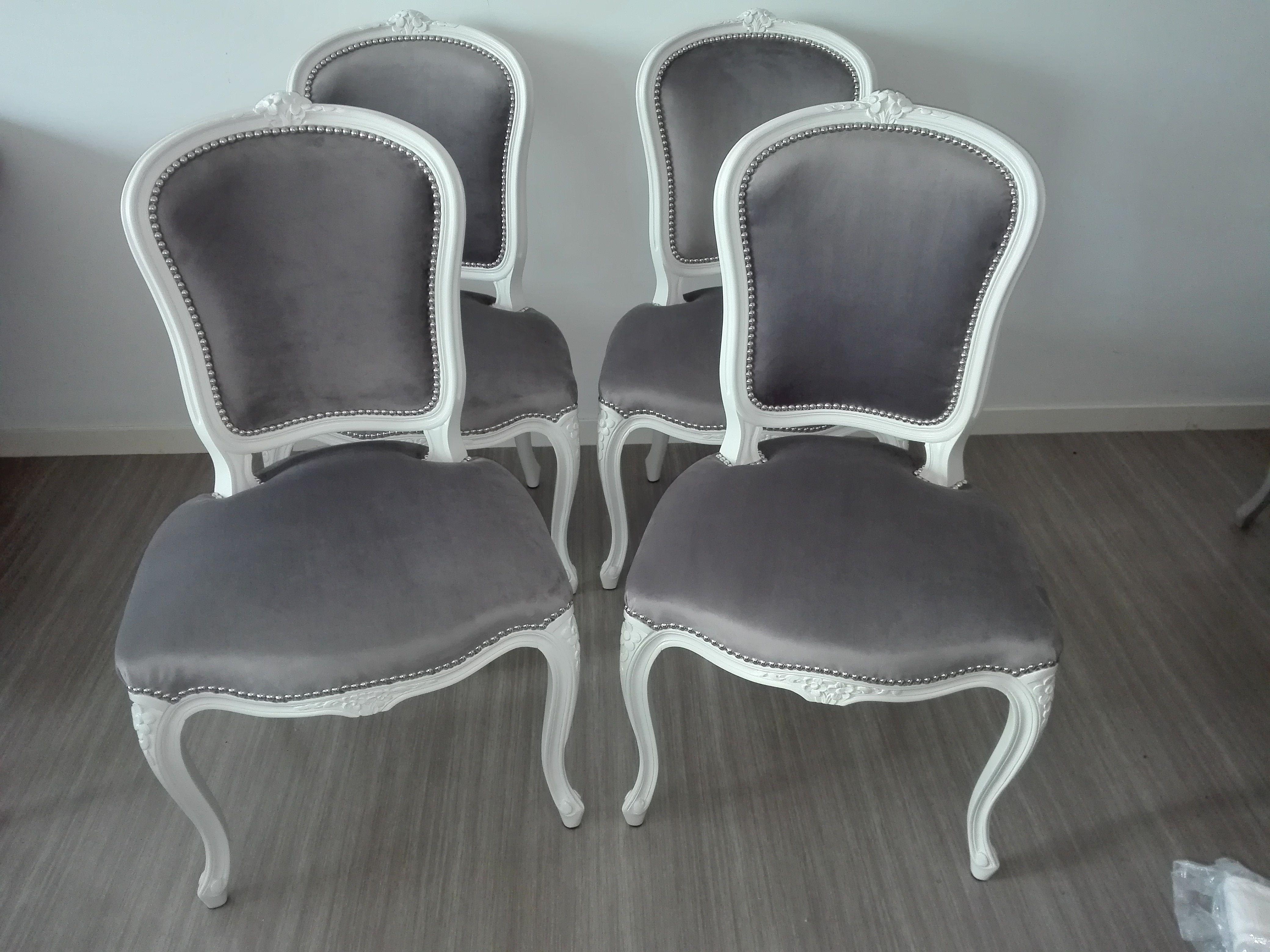 Chaises de style Louis XV velours gris