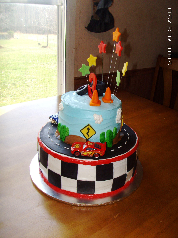 Disney S Cars Cake With Images Car Cake Disney Cars Cake