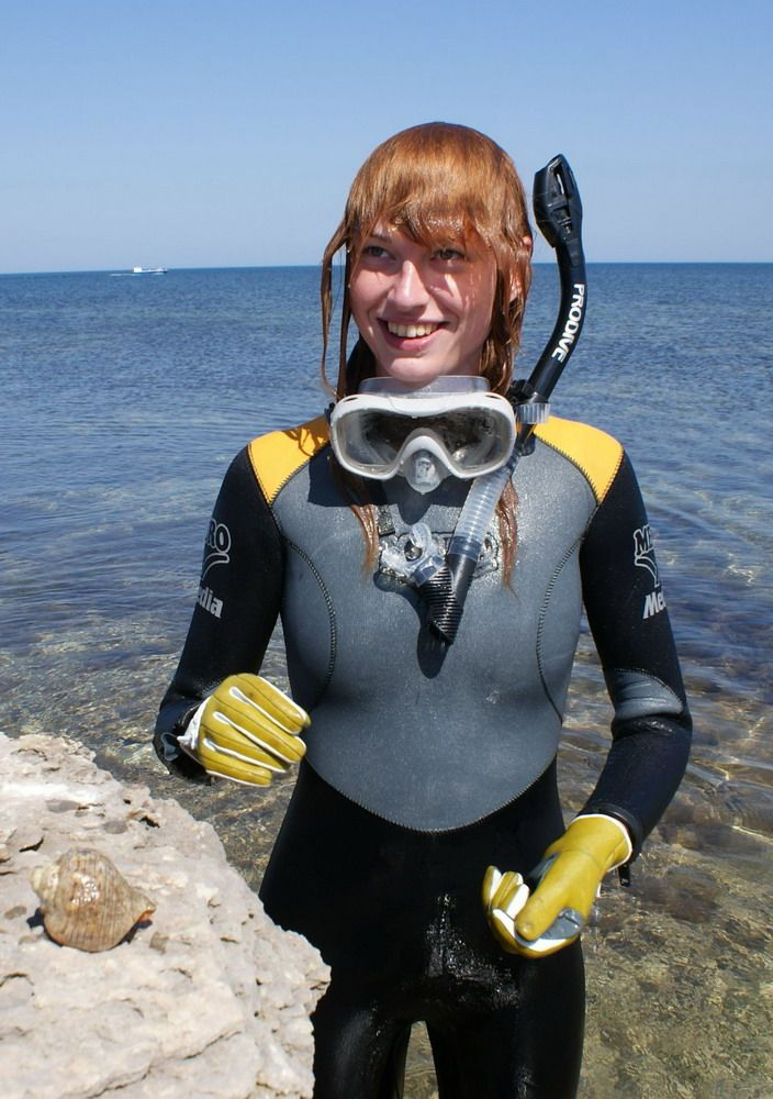 Scuba diving sexy women you mean?