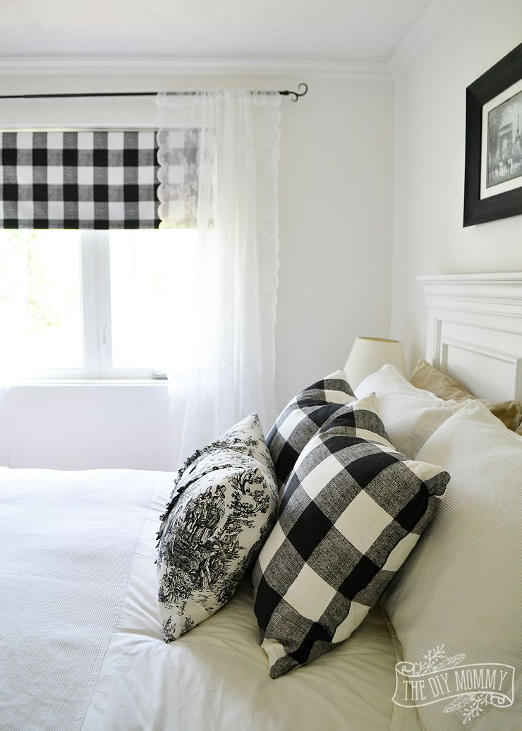 Our Guest Cottage Bedroom A Small Space On A Budget In Black White The Diy Mommy Farmhouse Style Bedroom Decor White Bedroom Decor Farmhouse Style Bedrooms