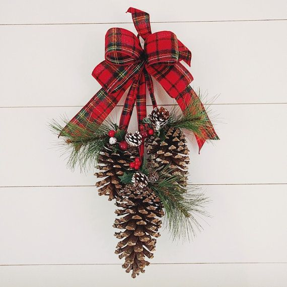 Welcome This Winter Season With This Classic Pine Cone Door Swag! Made With  3 JUMBO Pine Cones Adorned With Faux Green Pine And Clusters Of Red Berries  And ...