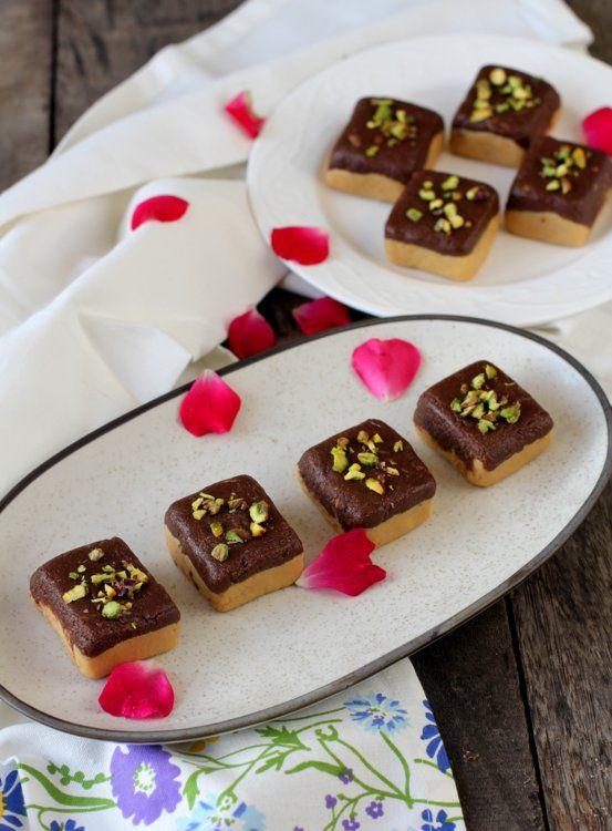 Chocolate Barfi How To Make Chocolate Barfi Chocolate Burfi Recipe Recipe Indian Sweets Burfi Recipe How To Make Chocolate