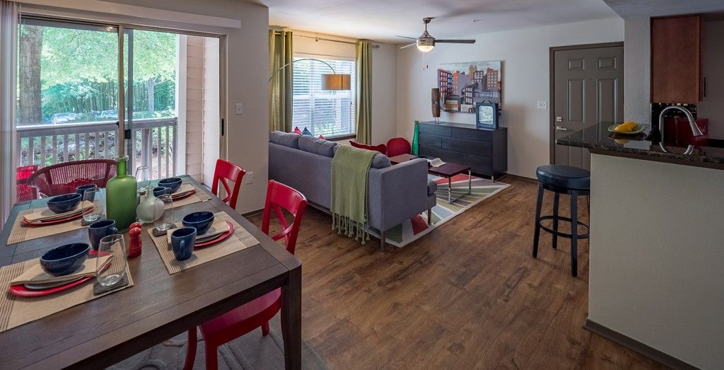 1250 West Apartments Place Settings With Water Glass Rental Apartments Resort Style Pool Home