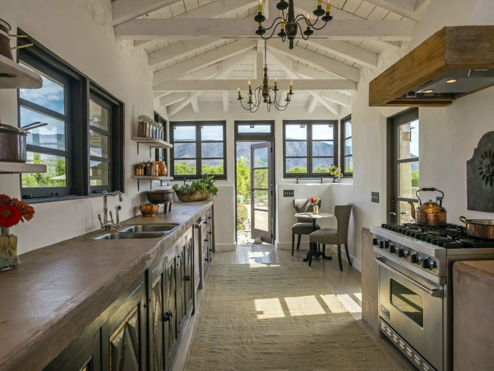 Historic Hacienda Ranch, Ojai CA Single Family Home   Santa Barbara Real  Estate