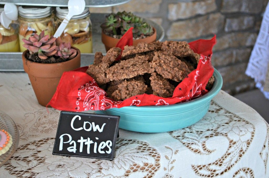 Paisley's 4th Cowgirl Party-Cow Patty No Bake Cookies   #birthday #birthdayparty #cowgirl #western #southwest #rodeo #burlap #fringe #cactus #party #cake #birthdaycake  http://farmgirlblogs.com/paisleys-4th-cowgirl-party/