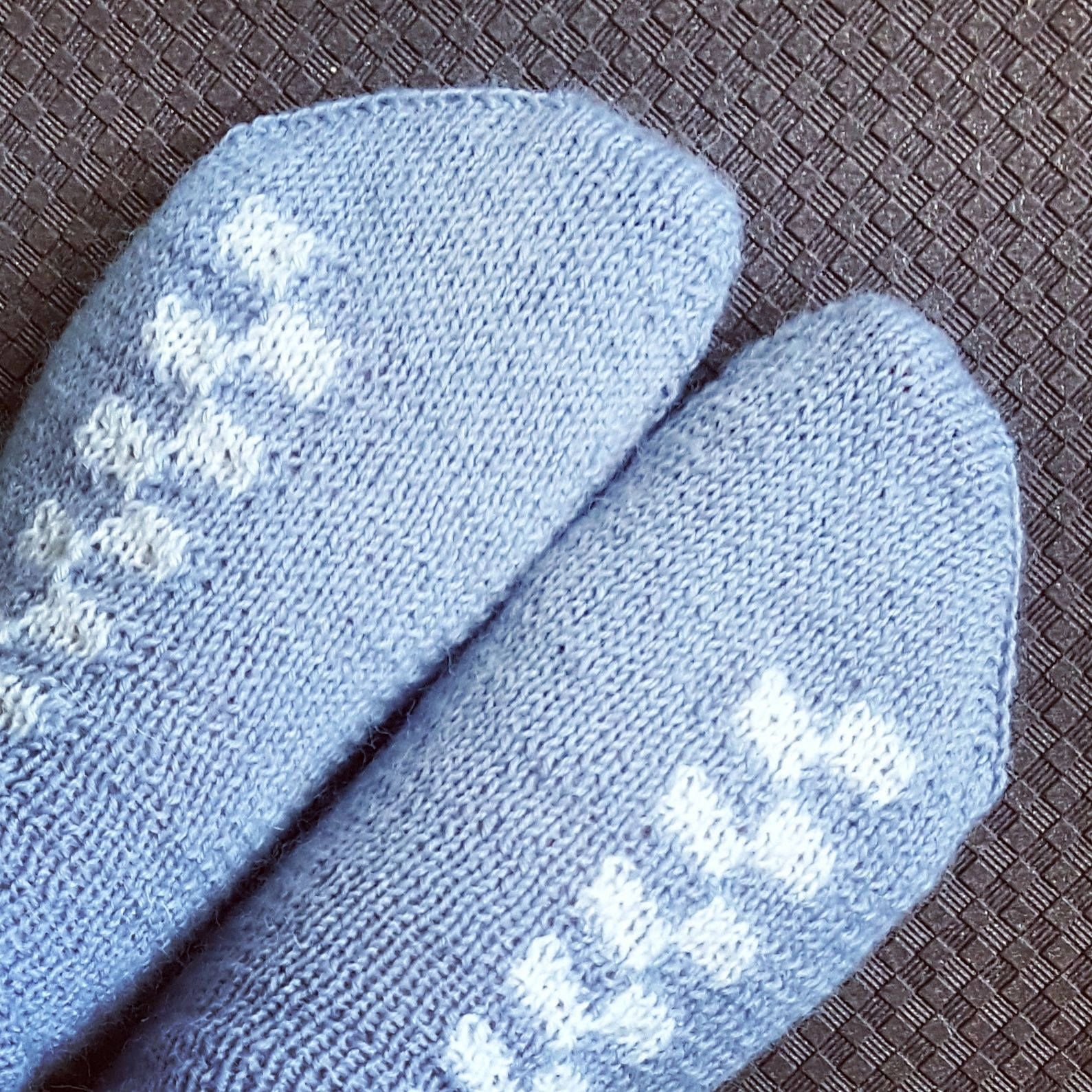 Battenberg socks - free knitting pattern by Knitting and so on ...