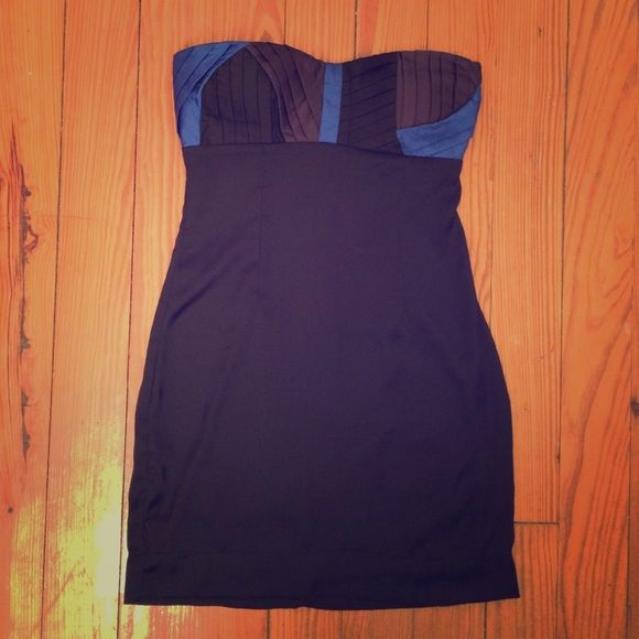 Charlotte Russe Strapless Dress. Size Small. Charlotte Russe Strapless Dress. Size Small. Beautiful Top Detail. Form Fitting. Charlotte Russe Dresses Strapless