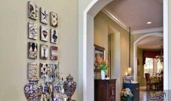 طرح تسع طرق لتزيين طاولة مدخل البيت مدخل البيت هو المكان الأول الذي يترك انطباعا خاصا لدى الضيف حيث يعكس مدى رقي أصحاب المنزل لذا Gallery Wall Decor Wall