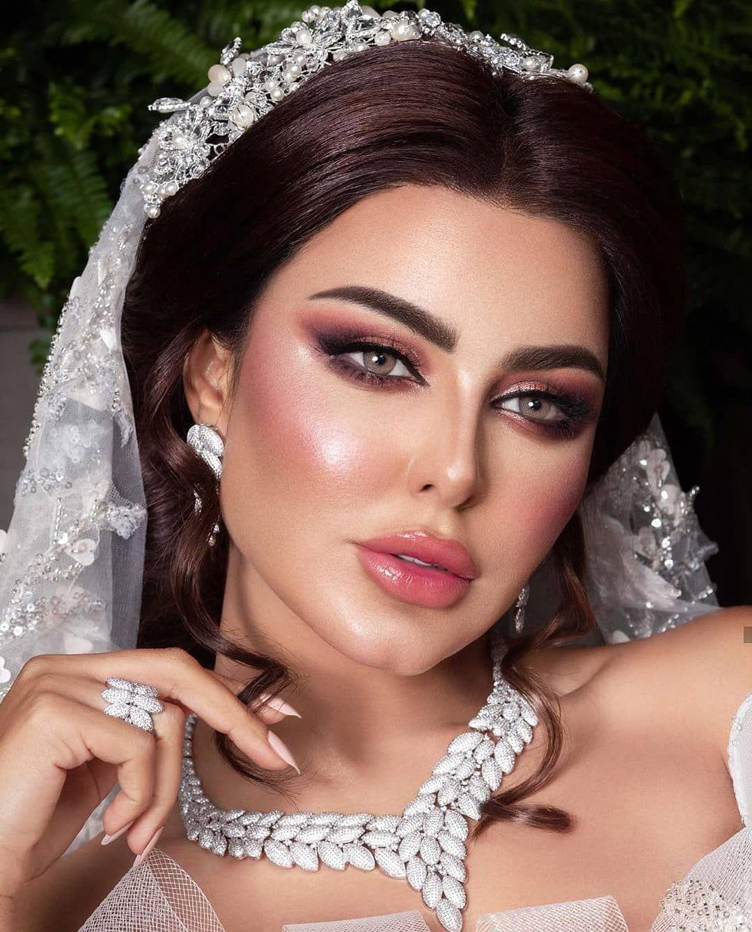 19 Likes 0 Comments Her Ever After Hereverafterdesigns On Instagram مكياج عروس عرايس خليجي B Bridal Makeup Wedding Glamorous Makeup Bridal Makeup