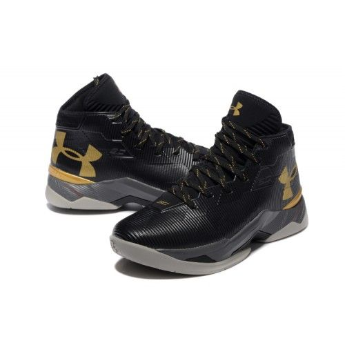 247fdfc365c2 Under Armour Curry 2.5 Elite Run WSC - Men  s Black Metallic Gold is the  new designed basketball shoes series in Stephen Curry 2.5.