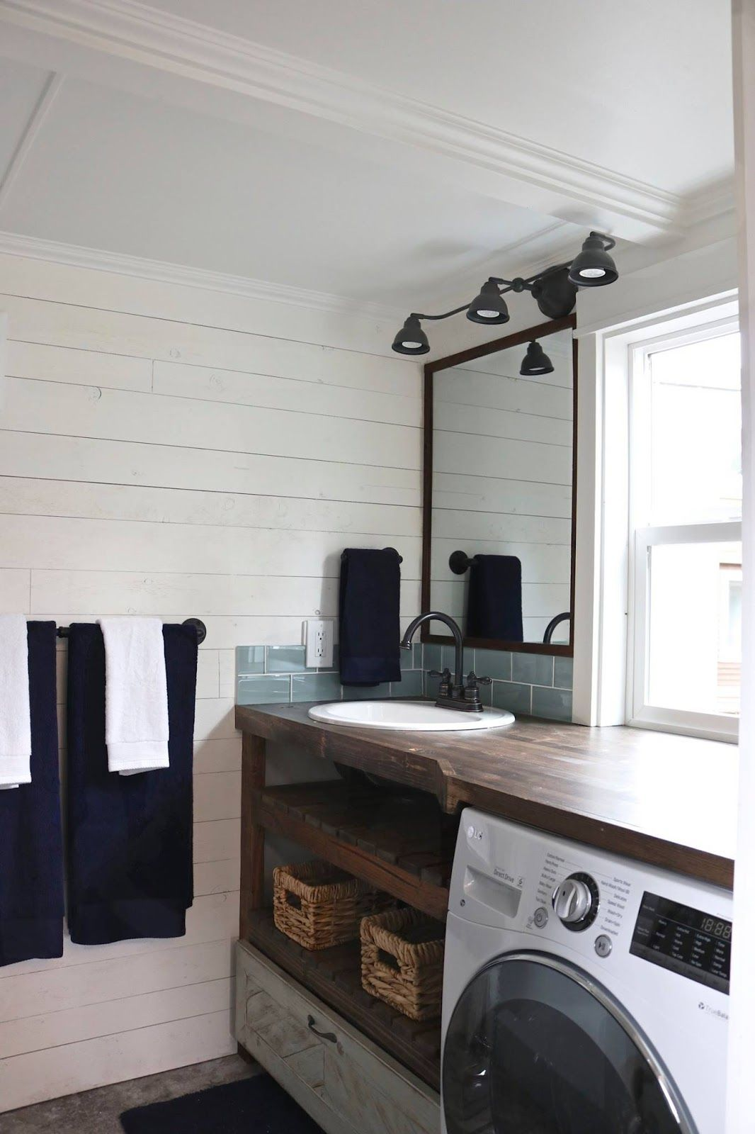 Tiny Getaway by Handcrafted Movement | Tiny Houses /Housing /Living ...