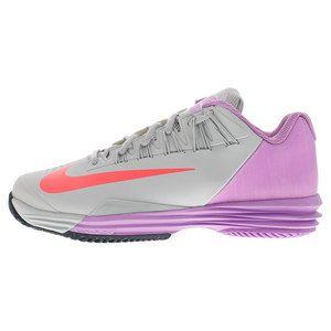 Nike Women's Lunar Ballistec 1.5 Tennis Shoes in Grey Mist & Fuchsia  provides incredible cushion and