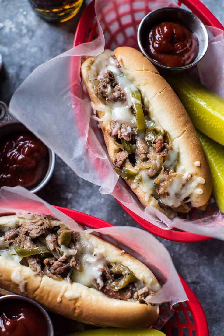 Crockpot Philly CheeseSteaks #crockpotrecipes
