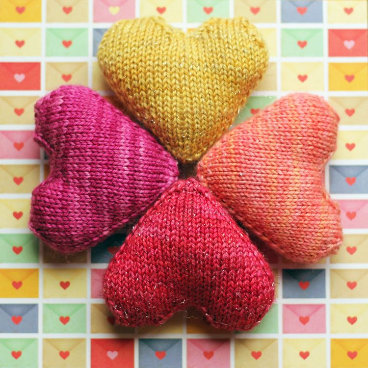Love You Forever Free Knitting Pattern Make Them If Your Favorite Awesome Knitted Heart Pattern