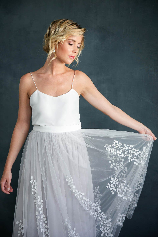 Abnehmbarer Braut Uberrock Mit 3d Blatter Tull Lillith Zivil Hochzeits Kleider Prachtiges Brautkleid Braut