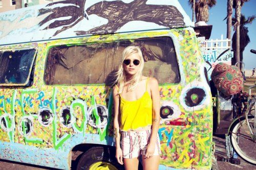 hippies. why can't i be one? right now..